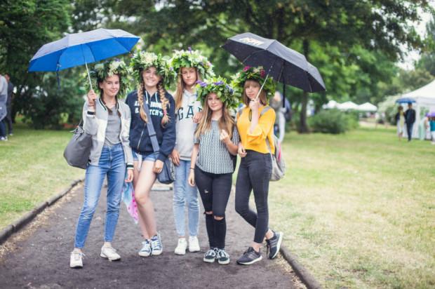 Niepogoda zdominowała sporo plenerowych imprez w te wakacje w Trójmieście. Lało m.in. przez całe Cudawianki w Gdyni.