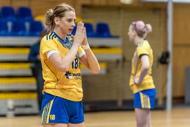 Z poprzedniego sezonu Aleksandra Zych chce zapamiętać tylko złoty medal za mistrzostwo Polski dla Vistalu Gdynia. Z powodu kontuzji straciła bowiem niemal całe rozgrywki. Teraz rozgrywająca jest w pełni sił i powinna być liderką drużyny.