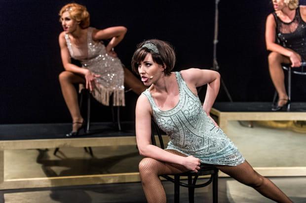 """Kobiety ze spektaklu """"O czułości"""" są świadome swoich potrzeb zarówno duchowych, jak i cielesnych. Aktorki Muzycznego bywają w śpiewanych piosenkach wrażliwe, czułe lub rozerotyzowane i ostre jak brzytwa."""