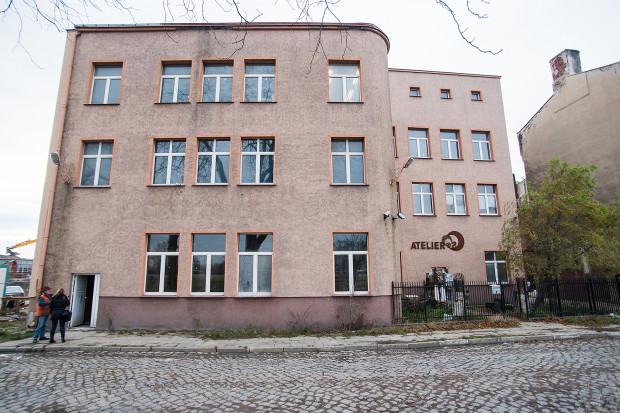 Przestrzeń sztuki WL4 znajduje się blisko Głównego Miasta przy Motławie. To bardzo atrakcyjne miejsce na nowe inwestycje.