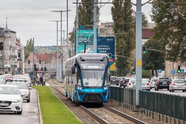 Tramwaj od poniedziałku będzie można spotkać na linii 6. Dotychczas  obsługiwał kursy linii 9.