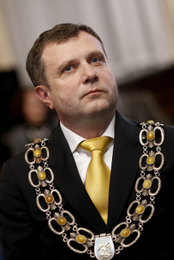 Jacek Karnowski tuż po zaprzysiężeniu na prezydenta Sopotu.