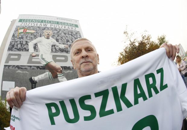 Zdzisław Puszkarz odsłonił mural przy ul. Warneńskiej 12 w Gdańsku.