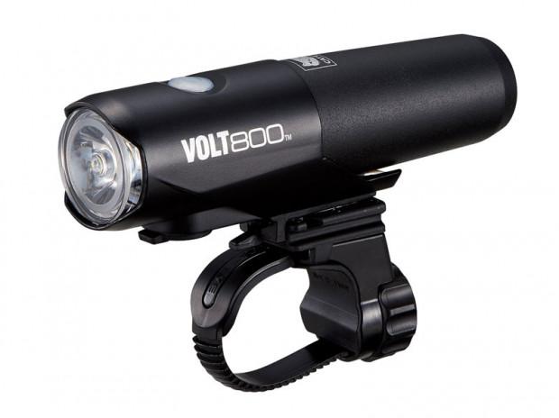 Bardzo wytrzymała bateria i połączenie minimalizmu z efektywnością to zalety lampki Cateye Volt800.