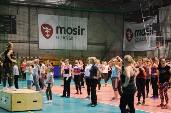 Tak wyglądają bezpłane zajęcia Anny Cegłowskiej w hali przy ul. Kołobrzeskiej w Gdańsku.