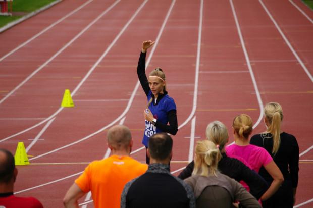 Sopockie treningi Reebok Run Crew prowadzi Martyna Kuźnicka, absolwentka gdańskiego AWFiS. Obecnie trener w Crossfit Trójmiasto