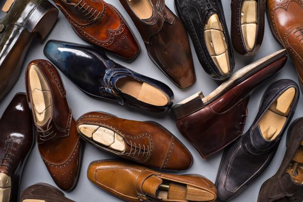 Klasyczne buty uważane są za podstawę eleganckiej garderoby.