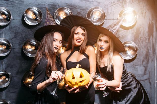 Ci, którzy bawią się w Halloween, mają wiele imprez do wyboru.