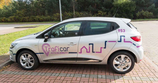 W Trójmieście dostępnych jest już 200 współdzielonych samochodów, obsługiwanych przez Traficar.