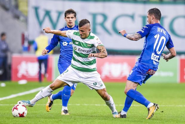 Mato Milos został wypożyczony do Lechii z Benfiki Lizbona. Chorwat jest obecnie pewniakiem do składu biało-zielonych. Od wejścia do meczowego składu nie opuścił ani minuty.