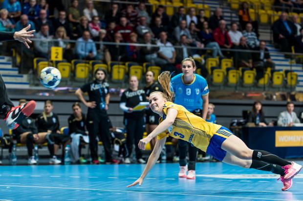 Vistal szybko powetował sobie porażkę w Lidze Mistrzyń na ligowym parkiecie. W meczu z KPR po raz kolejny w tym sezonie najlepszą strzelczynią drużyny była Katarzyna Janiszewska.