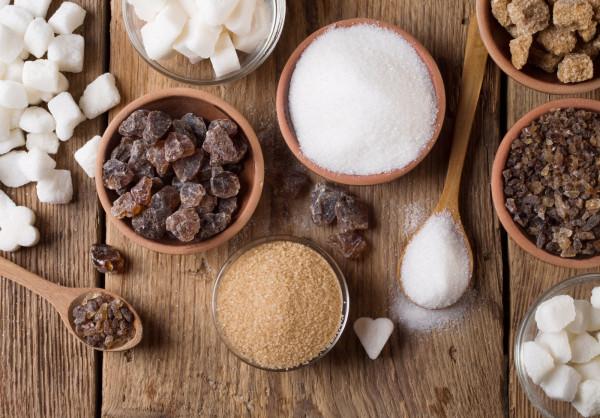 Eliminacji cukru towarzyszą z reguły dwie przesłanki: zdrowotna i estetyczna.