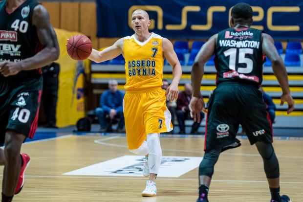 Pierwszy miesiąc sezonu 2017/2018 w PLK należał do Krzysztofa Szubargi, który został wybrany najlepszym zawodnikiem października.
