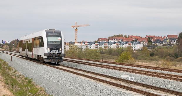 Bilety na pociągi SKM, kursujące również po trasie Pomorskiej Kolei Metropolitalnej, kupimy w aplikacjach SkyCash oraz Koleo.