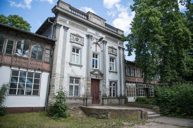 Festiwalowy spacer zaczniemy przy Domu Zdrojowym w Brzeźnie. Klimat nadmorskiego kurortu jest motywem przewodnim tegorocznego festiwalu.