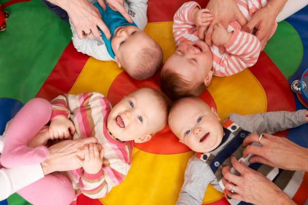 Zajęcia dla maluchów często organizowane są w trójmiejskich Klubach Rodziców.