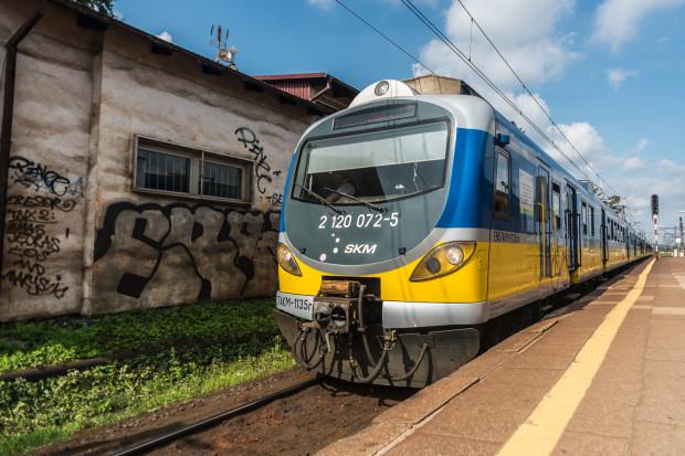Jeden przewoźnik kolejowy - i to na terenie całego województwa pomorskiego. Jedna taryfa kolejowa od Słupska po Prabuty i Smętowo oraz od Helu po Człuchów - apeluje pan Bartosz.