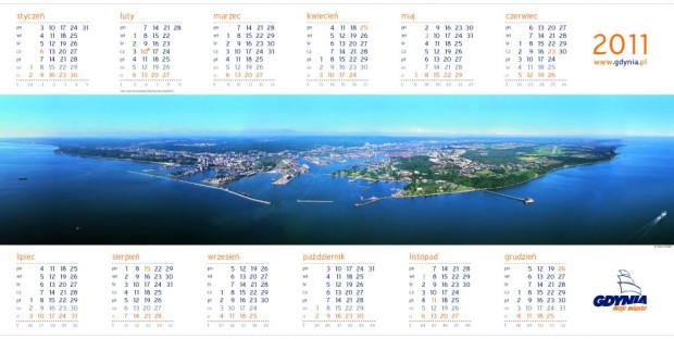 Panoramę Gdyni od strony morza można zobaczyć na kalendarzu Gdynia na 2011 rok. Autorem panoramy jest Kacper Kowalski.