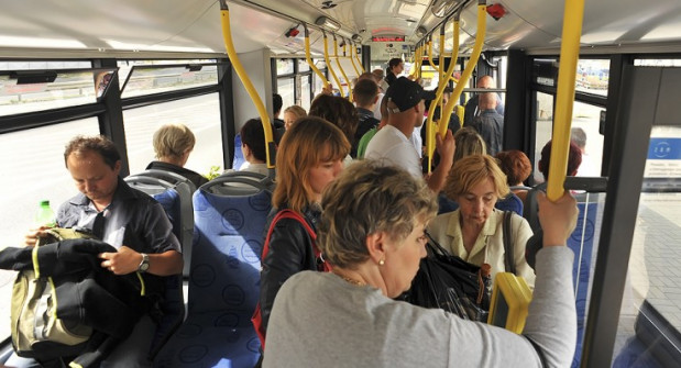 Zdaniem wnioskodawców, by wprowadzić bezpłatne przejazdy dla osób w wieku emerytalnym w Gdyni potrzeba rocznie 2 mln zł.