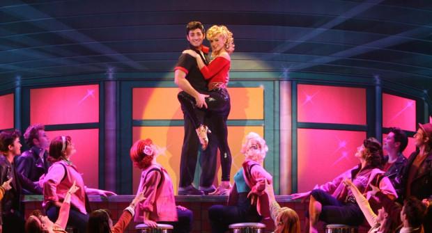 """Zanim do Teatru Muzycznego trafi """"Shrek"""", 30 kwietnia zobaczymy """"Grease"""", najdłużej grany musical w historii."""