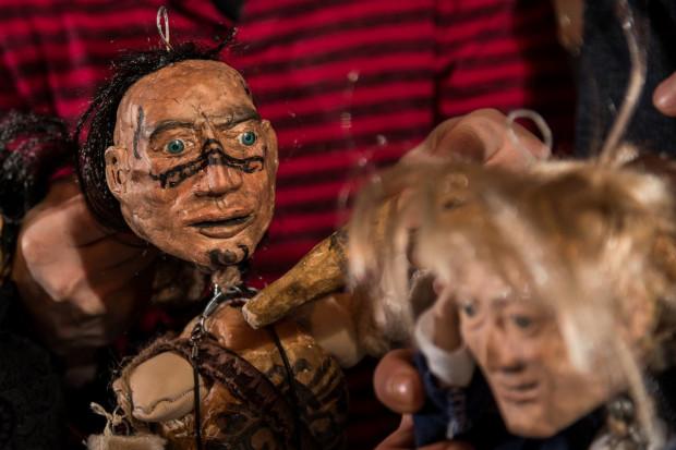 """Spektakl """"Dzielny Kapitan Ahab"""" w Teatrze Gdynia Główna jest okazją, by zobaczyć piękne lalki autorstwa Kingi Tomaszewskiej-Smolarczuk. Premiera 3 grudnia o godz. 12, kolejne przedstawienie tego samego dnia o godz. 14."""