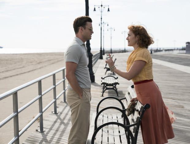 Ginny (Kate Winslet) i Mickey (Justin Timberlake), pomimo różnic, nawiązują romans, który może być dla nich szansą na oderwanie się od codziennej rutyny. Szaleńcza pogoń za marzeniami może mieć dramatyczne skutki, niczym w greckiej tragedii.