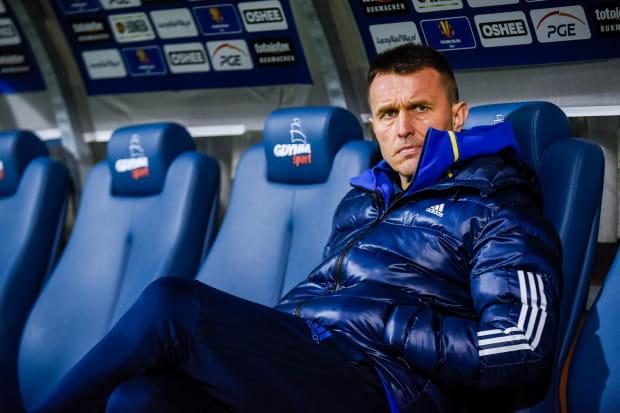 Leszek Ojrzyński chciałby w końcu przełamać się w Kielcach, gdyż w roli gościa przegrywał tam dwukrotnie.