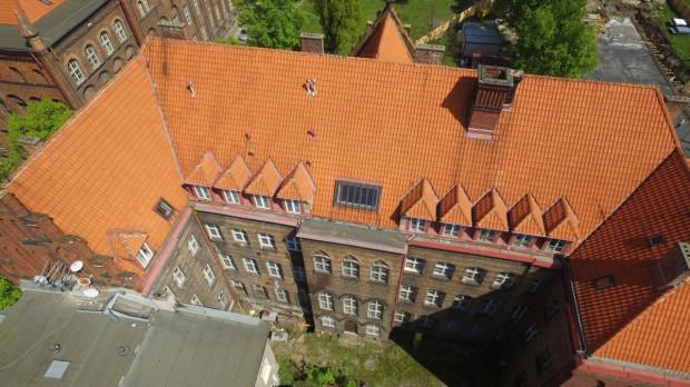 Budynek bursy, a wcześniej gmach Naddyrekcji Poczty Królewskiej. W sobotę także będzie można go zwiedzić.