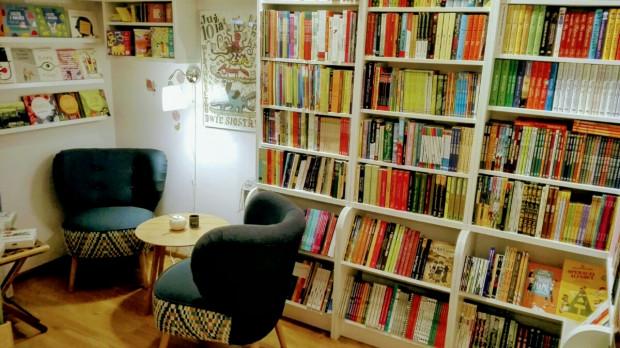 Księgarnia Ambelucja w Sopocie - to przykład małej, kameralnej i ambitnej księgarni, w której liczy się dobra literatura, spotkanie z książką i z drugim człowiekiem.