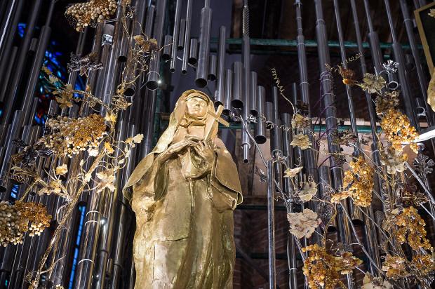 Bursztynowy ołtarz Ojczyzny w bazylice św. Brygidy w Gdańsku powstawał przez 17 lat.
