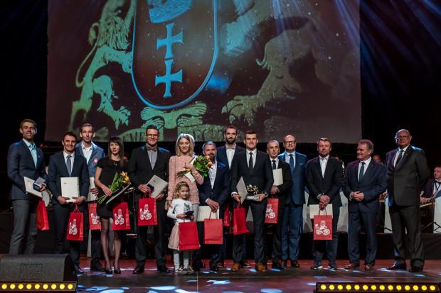 Złota Dziesiątka XV Gali Gdańskiego Sportu. Za niektórych laureatów nagrody odebrali zastępcy.