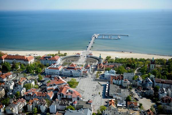 Centrum Haffnera zlokalizowane jest w samym sercu miasta, przy Placu Przyjaciół Sopotu.