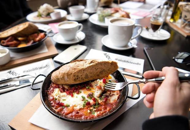 Aioli zmieniło postrzeganie śniadań na mieście. Trójmieszczanie chętniej zaczęli wychodzić na poranny posiłek, a gastronomowie wprowadzili śniadaniowe promocje.