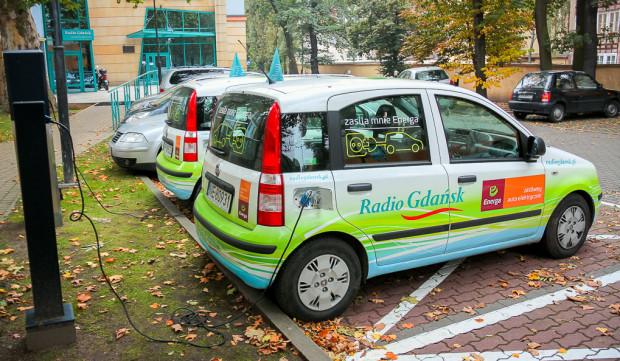 Auta elektryczne będą całkowicie zwolnione z opłat podczas ładowania, jak zwykłego postoju w SPP.