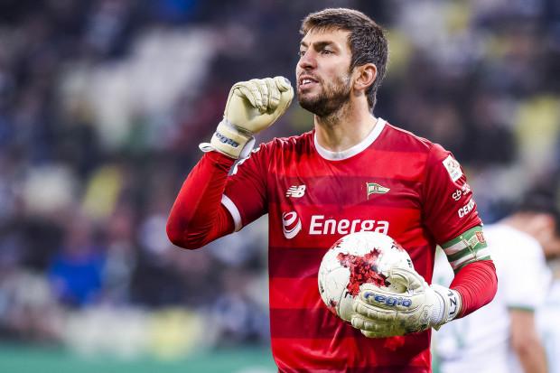 Dusan Kuciak nie chce opuszczać Lechii Gdańsk, bo uważa, że nadal może rozwijać się w tym klubie, a i drużyna ma sporo do wygrania. Do zmiany decyzji może skłonić go sytuacja w klubie bądź zagraniczna oferta transferu.