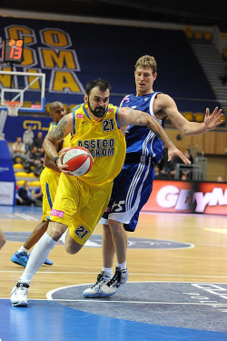 Ratko Varda zdobył w spotkaniu 19 punktów.