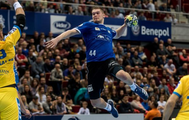 Kamil Adamczyk w meczu Wybrzeże Gdańsk - Sanda Spa Pogoń Szczecin zdobył aż 10 bramek.