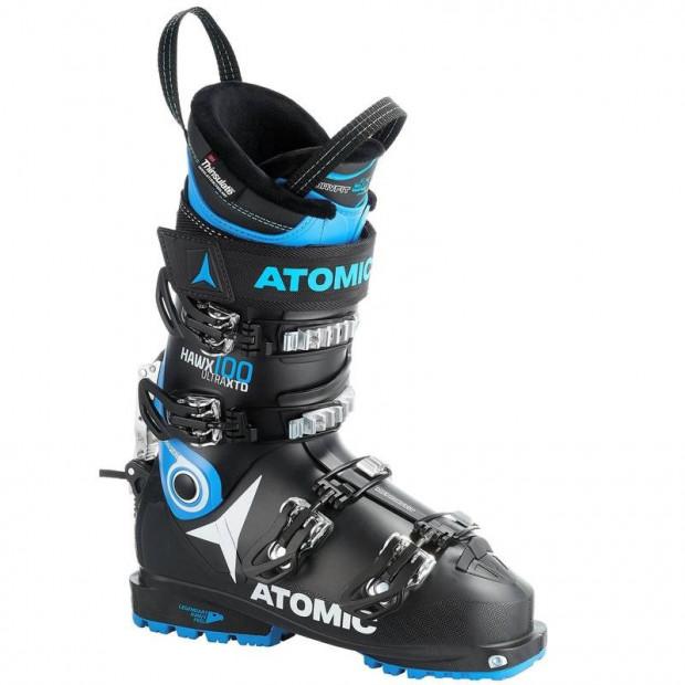 Buty Atomic do szybkiej jazdy na nartach.