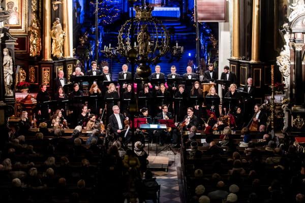 Polski Chór Kameralny obchodzi w tym roku jubileusz 40-lecia. Z tej okazji gdańscy śpiewacy przygotowali dla melomanów wiele muzycznych niespodzianek, m. in. Stabat Mater J. Haydna.