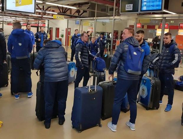 Piłkarze Arki Gdynia środę spędzili w podróży po zgrupowaniu w Turcji. Sprawdziliśmy w kontraktach, czy któryś z nich wkrótce na dobre nie spakuje walizek.