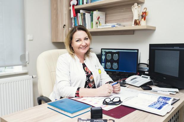 Dr hab. Maria Mazurkiewicz-Bełdzińska, ordynator Kliniki Neurologii Rozwojowej UCK oraz adiunkt Katedry Neurologii GUMed.