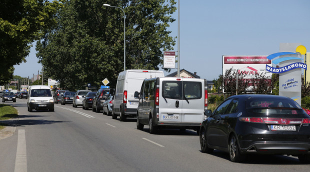 Korki na drodze z Redy do Władysławowa.