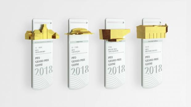 Pamiątkowe medale, które czekają na uczestników czterech biegów z cyklu PKO Grand Prix Gdynia 2018.