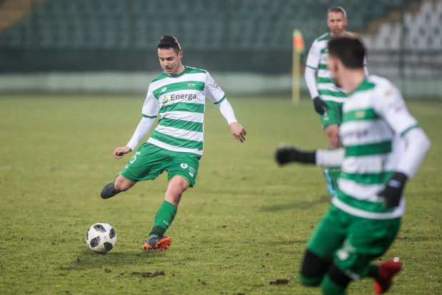 Ariel Borysiuk podczas trzeciej wiosny w Lechii Gdańsk doświadcza nowych rzeczy. Biało-zieloni nie mogą ruszyć w górę tabeli, a piłkarz jest tylko rezerwowym.
