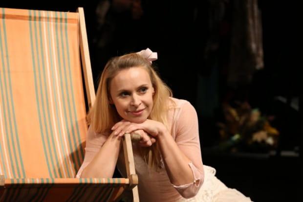 """Liryczny, kameralny spektakl """"Lilka, cud miłości"""" poświęcone Marii Pawlikowskiej-Jasnorzewskiej zagrany zostanie na Nowej Scenie Teatru Muzycznego w Gdyni 24 kwietnia."""