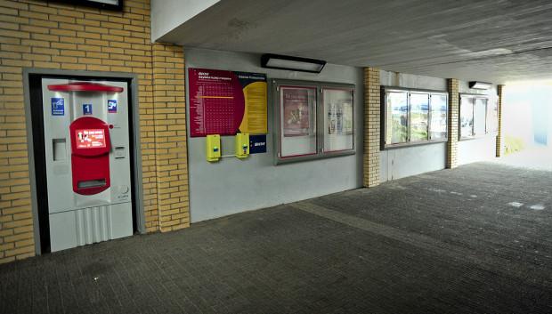 Na przystankach Oliwa i Politechnika (nz.) bilety można kupić w biletomatach.