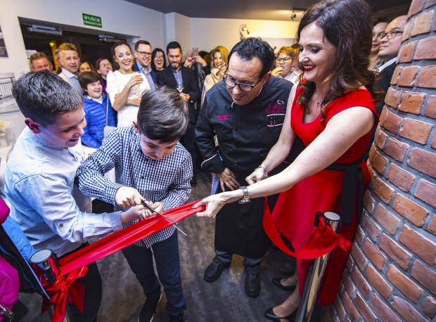 Podczas otwarcia Casa Cubeddu Ristorante na gości czekało wiele atrakcji oraz przysmaki kuchni włoskiej. Łącznie zebrało się ok. 400 osób.