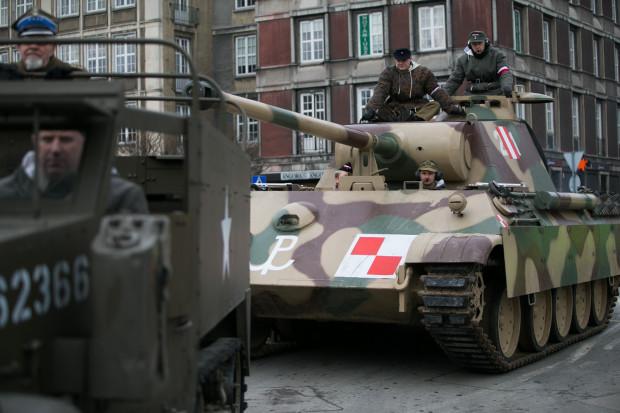 IV Defilada Żołnierzy Niezłomnych w Gdańsku to nie tylko marsz. Spore wrażenie robiły także pojazdy wojskowe.
