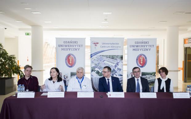 Rok 2017 w transplantologii podsumowali przedstawiciele Gdańskiego Uniwersytetu Medycznego i Uniwersyteckiego Centrum Klinicznego.