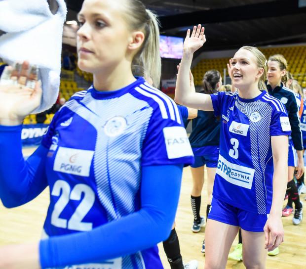 Od lewej: Kinga Gutkowska, Katarzyna Janiszewska i Aleksandra Zych. One należały do najskuteczniejszych gdyńskich piłkarek ręcznych w Kielcach,